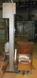 Подъёмник стационарный для пищевого перерабатывающего производства
