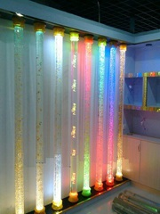 Стеклянные и акриловые колонны с подсветкой