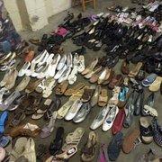 Оптом обувь секонд хенд  170 рублей за кг.